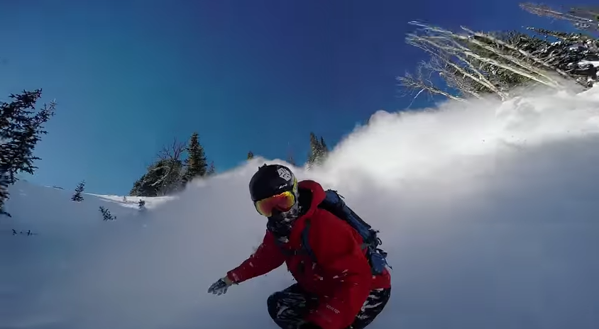 GoPro : First line of the winter winner video is insane